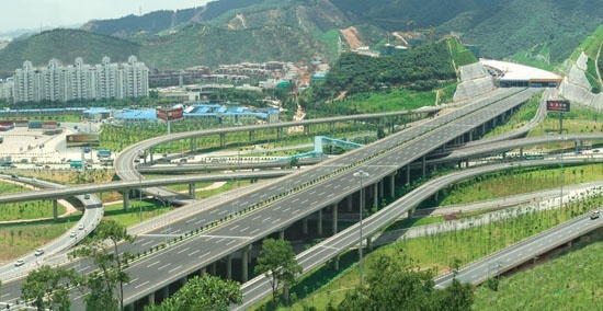 深圳市南坪快速路